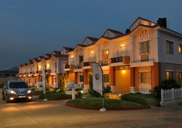 Villas_in_Bangalore_Silvana